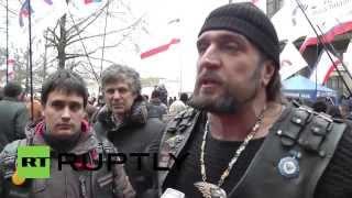 Ukraine: Russian Night Wolves biker gang rolls into Simferopol
