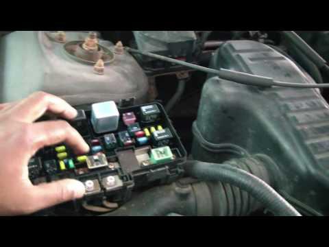 2005 Honda Civic Under Hood Fuse Box