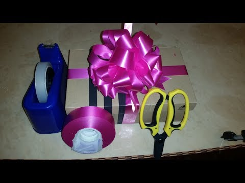 How to Make a Ribbon Bow of Any Size POM POM Style