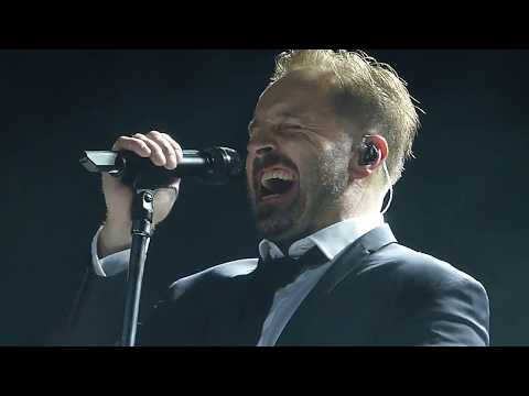 Alfie Boe 'Run' with walkabout - 02 Arena London 14.12.17 HD