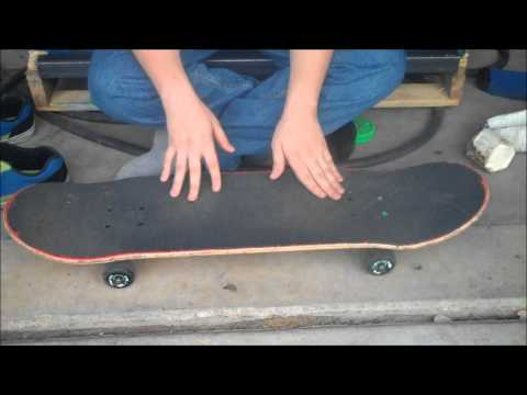 How to Ollie While Moving on a Skateboard
