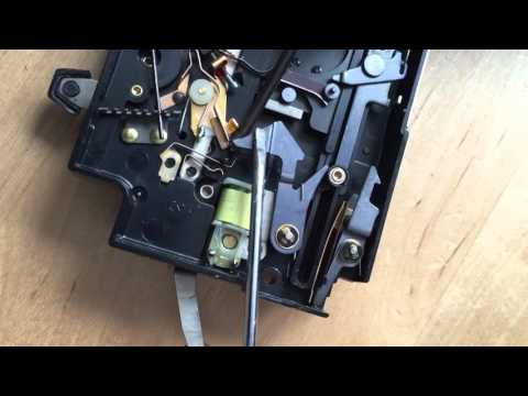 Fix a Polaroid Land Camera 300 Series with electronic shutter Problem