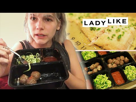 We Try Meal Prepping For The Week • Ladylike