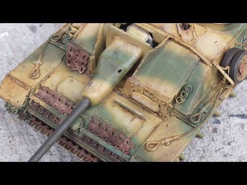 Tutorial: Oil Weathering Techniques for Dark Yellow Model Tanks