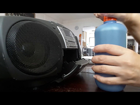 Using Isopropyl Alcohol to clean 1997 20 years old SONY CFD - 360 Cassette Tape + CD old Radio