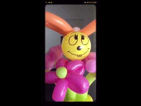 Making of a balloon bouquet - balloon flower