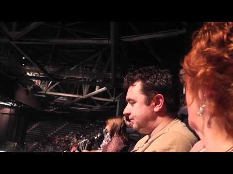 #1 Barry Manilow Docklands O2 concert 07 / 05 / 2011