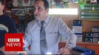 Man shares Gaza power cut lifehacks - BBC News