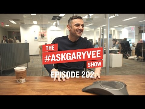 How to Contact Influencers, Music Marketing & Preparing to Live Stream | #AskGaryVee Episode 202