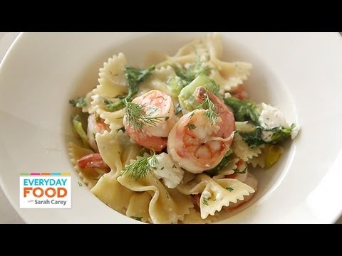 Pasta with Escarole and Shrimp - Everyday Food with Sarah Carey