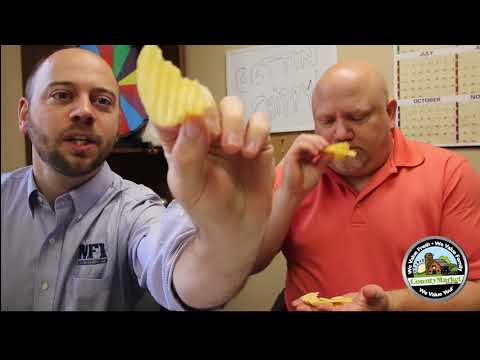 Lay's NEW Ketchup Chips & Bacon Wrapped Jalapeno Wavy Chips Review | First Taste