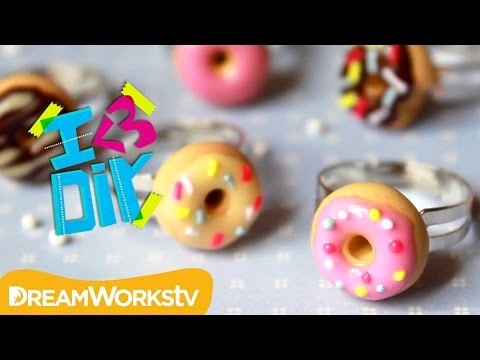 Polymer Clay Donut Rings with Puddingfishcakes | I ♥ DIY