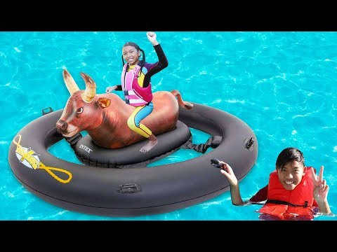 Xxx Mp4 Wendy Plays In The Pool On Inflatable Bull Toy 3gp Sex