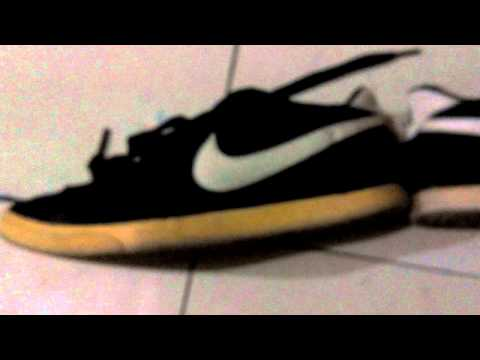 Whitening a yellowish soles (nike shoes)
