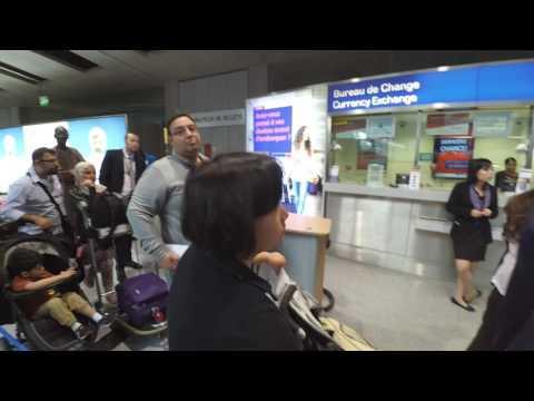 Tax refund Travelex monopoly: wait hours Vs get dollars (extortionate fee)
