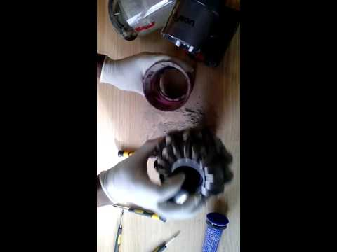 How to disassemble and Clean Dyson V6 Cyclone