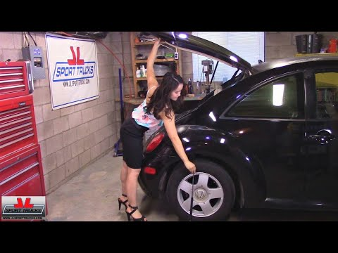 Beautiful and Lovely Jade shows how to replace the Trunk/Rear Hatch Lift Supports of the MK4 Beetle