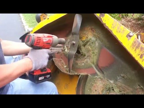 How do I remove and change blade on cub cadet mower. Removing the blade from Lawnmower.