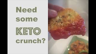 5-Minute Crunchy Keto Crackers