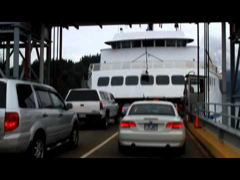 Langdale Ferry Boarding to Vancouver