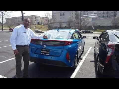 What's the difference between the Toyota Prius Prime and Prius?