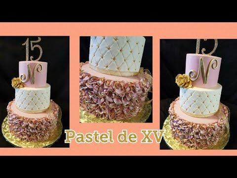 Pastel de quinceañera !!!😍😍😍 Rufles cake