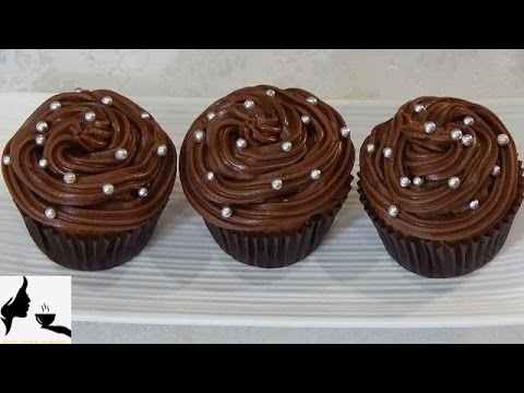 Moist Chocolate Cupcakes With Chocolate Icing
