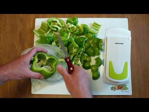 HOW TO CUT GREEN PEPPERS FOR CHOPPING USING A SHARPER IMAGE CHOPPER