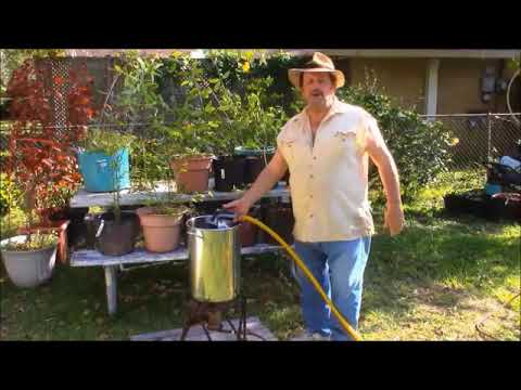 How To Measure Your Oil For Frying A Holiday Turkey 101