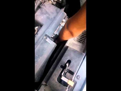 2006 Volvo S40 transmission fluid check T5 engine