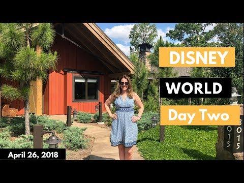 Walt DISNEY World Vlog: Day 2 | Hollywood Studios and Tiffins | April 2018