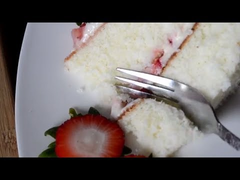 Easy White Cake - Strawberries & Cream Cake