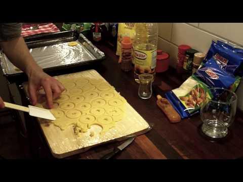 Episode 2: Linzer cookies (gluten free)