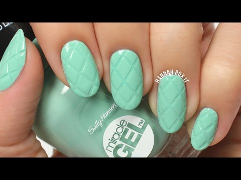 Easy Quilted Mint Nail Art