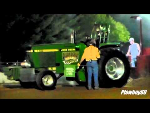 Tri State 9300lb Super Farm Tractors 2nd Hook in Boscobel, WI 6-7-2014