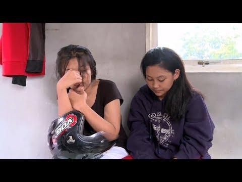 Xxx Mp4 Masih Berstatus Pelajar SMP Gadis Ini Ditilang Amp Dihampiri Ayahnya 86 3gp Sex