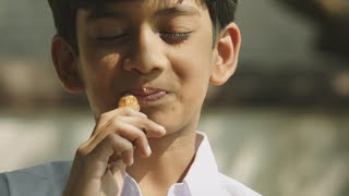 Download Un Samayal Arayil Latest Tamil Movie Part 1 | Prakash Raj | Sneha Video