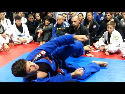 Buchecha half guard sweep