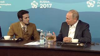 Young Indonesian Doctor Asks Putin For An Advice On Healthcare Issues