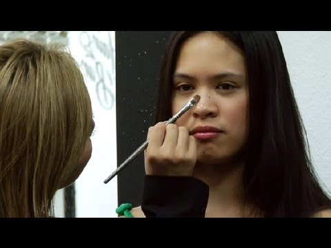 How to Make an Asian Nose Look Taller Using Makeup : Makeup Application