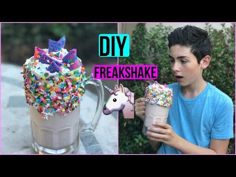 HOW TO MAKE A FREAKSHAKE | Episode 36 Baking With Ryan