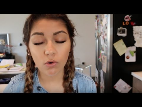 Andrea Tries To Sing. TRIES!!!!! | Andrea Russett