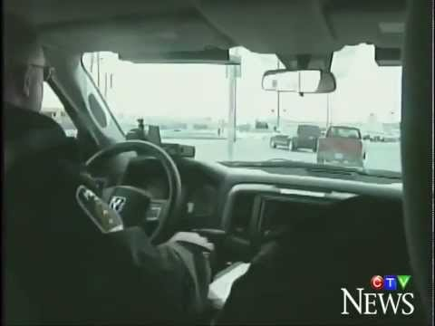 Distracted driving fines in Ontario increase from $155 to $280 on March 18, 2014