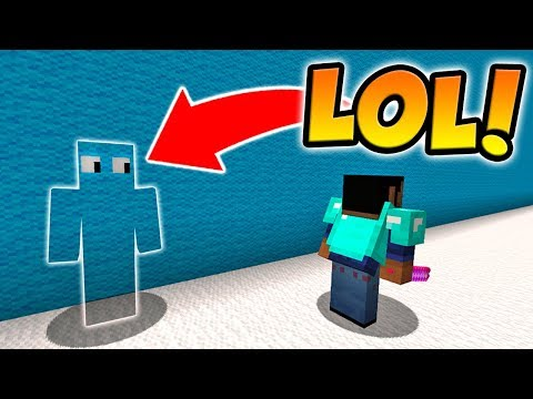 USING INVISIBILITY POTIONS IN MINECRAFT HIDE AND SEEK!