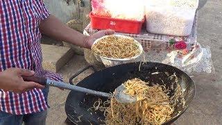 Hyderabadi Spicy 2 Egg Noodles Roadside Preparation   Only 60 Rs Per Plate   Street Food Hyderabad