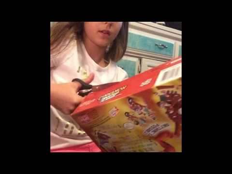 DIY cereal box doll house  surprise for Malia