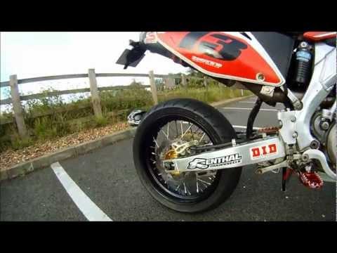 CRF 450R goes Supermoto !!