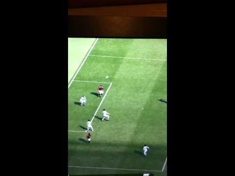Ibrahimovic overhead kick: PES 2012