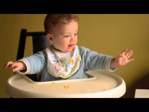 Baby Led Feeding Eating finger foods