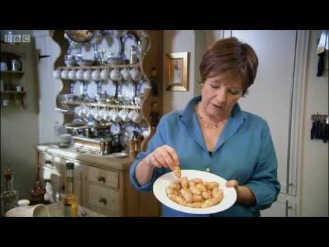 Spanish pork stew - Delia - BBC